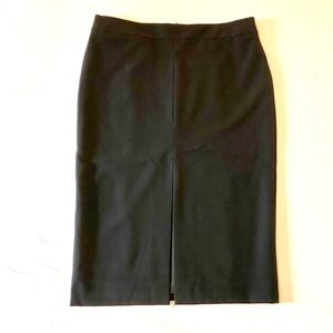 🆕 Ann Taylor Pencil Skirt